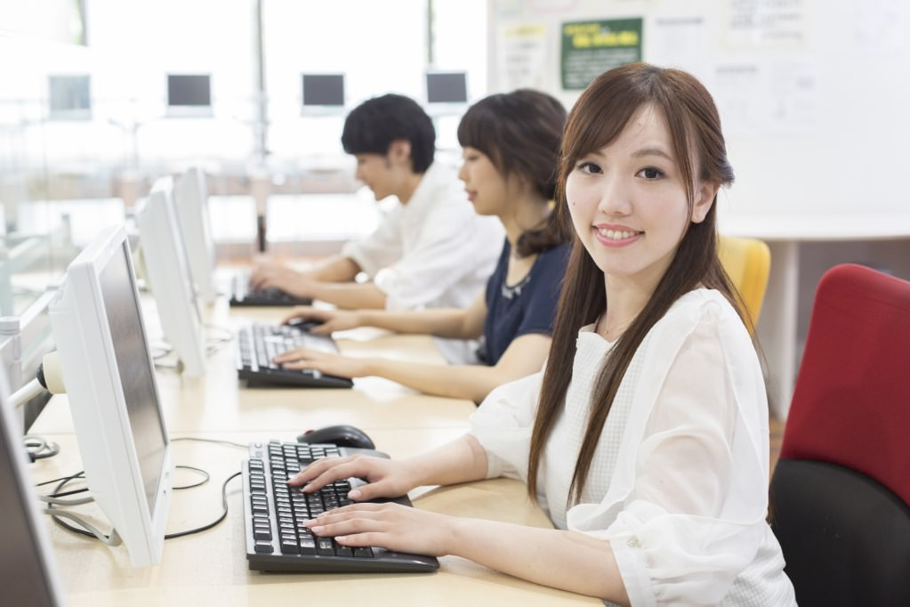 IT系エンジニアになるために〜大学、専門学校等のメリットデメリット〜