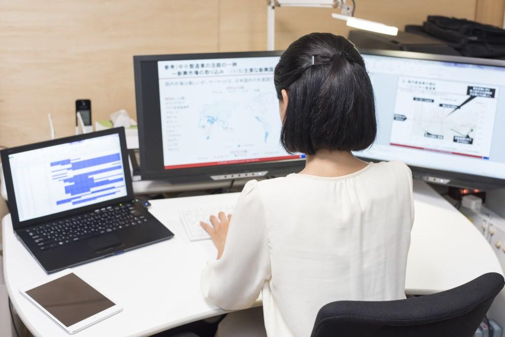 ITエンジニアのPC、WindowsとMacどちらを選ぶ?